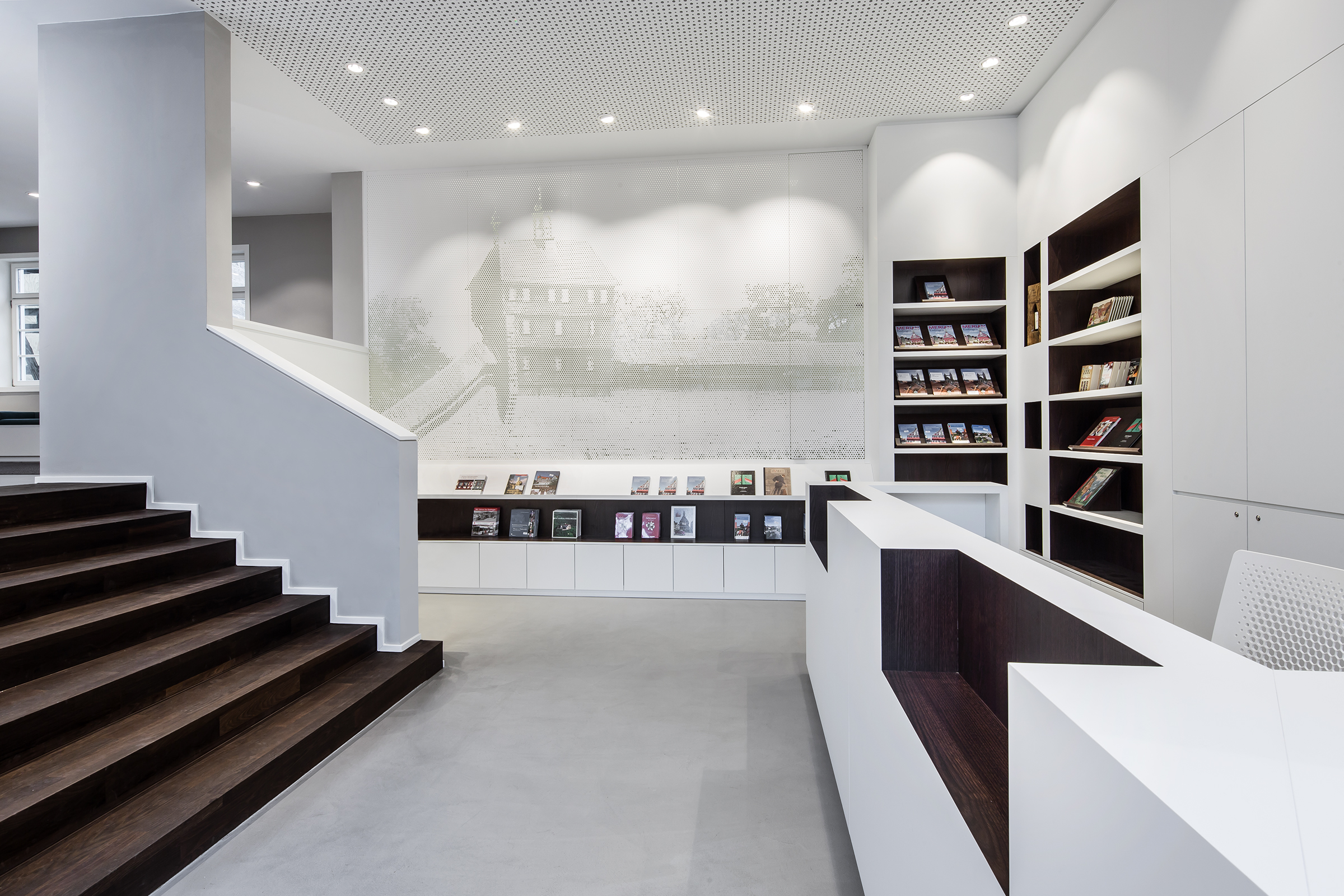 stadtinformation esslingen dia dittel architekten. Black Bedroom Furniture Sets. Home Design Ideas