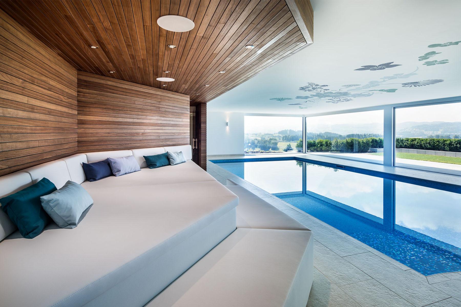 Villa T, Pool