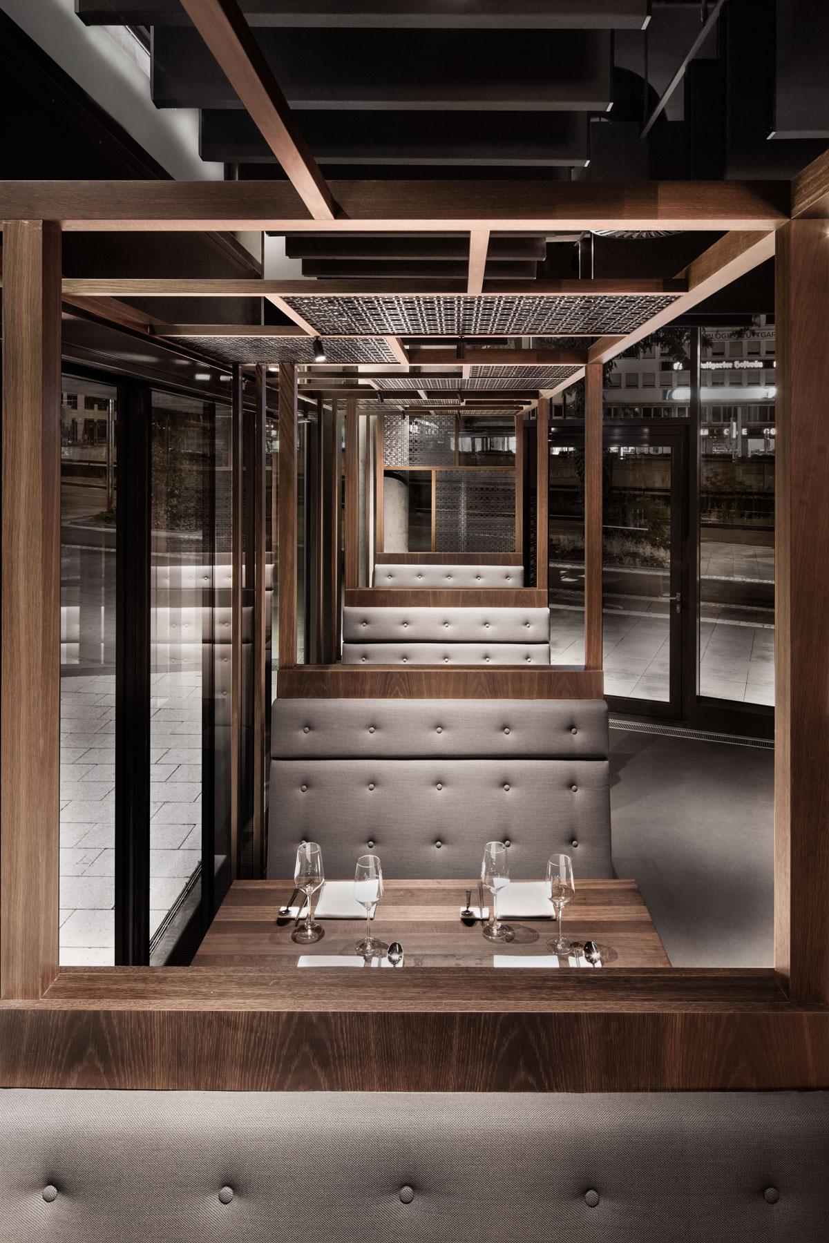 Enso Sushi & Grill, Durchblick Sitzecke