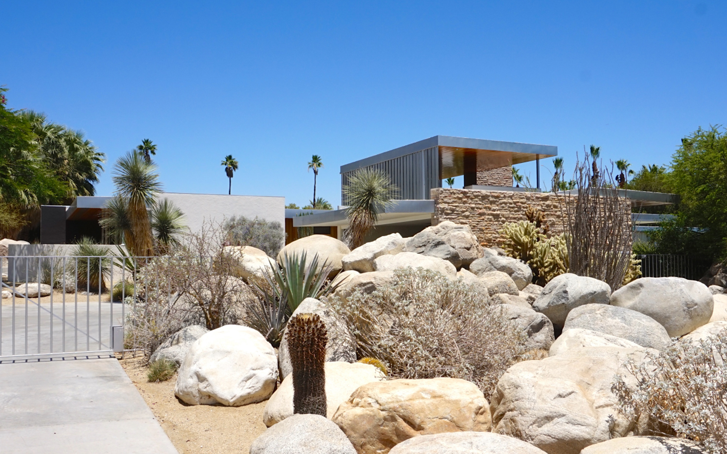 Read Artikel, Kaufmann Desert House